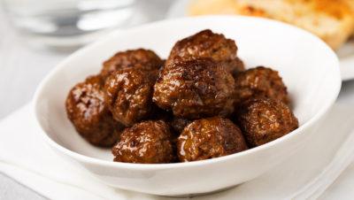 kjøttkaker i skål