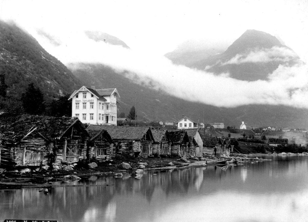 Loen, cirka 1875