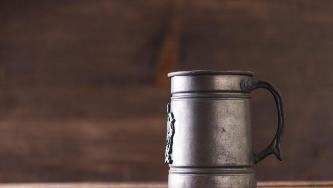 ølmugge i jern